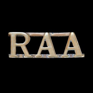 Royal Australian Artillery RAA Shoulder Title Badge