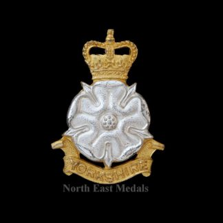 Yorkshire Brigade Officers Silver and Gilt Cap Badge