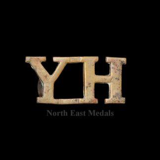Yorkshire Hussars 'YH' Shoulder Title Badge