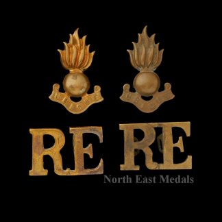 Royal Engineers Collar and Shoulder Title Badge Set